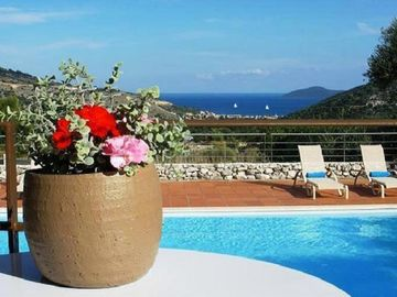 'Lito Villa'Luxurious Villa With Dramatic Mountain & Sea Views, Totally Equipped