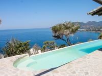 Delightful villa in a stunning location with spectacular views and glorious sunsets.