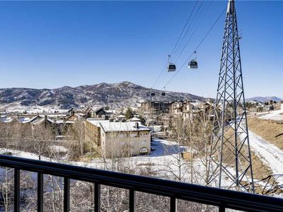 Photo for Beautifully Remodeled Condo w/Private Balcony, Views