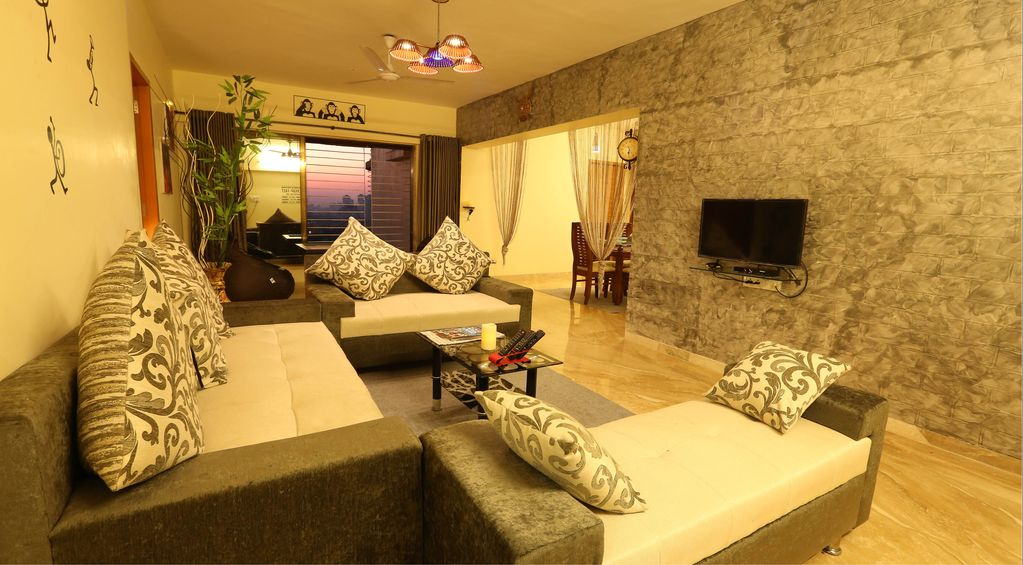 4 BR Service apartment @ Kandivali East