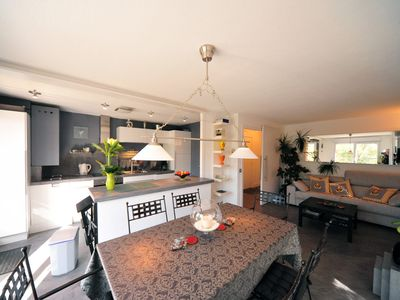 Photo for At the heart of Annecy, 2 bedrooms, 4 persons, 4* ranked Magic Moments Apart'