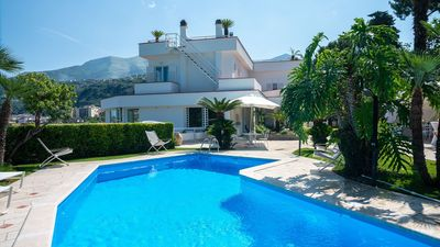 Photo for Stylish private 4 bedroom villa with terrace, sea views and pool near Sorrento
