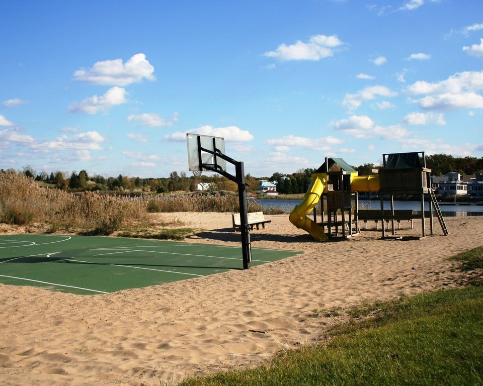 Long Beach Indiana Cottage Rentals