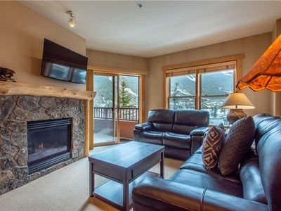 Photo for Spectacular mountain views, just steps from Super Bee, 3 outdoor hot tubs, free wifi, & parking.