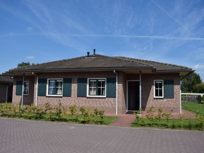 Photo for House 718 m from the center of Voorthuizen with Parking, Internet, Pool, Terrace (737474)