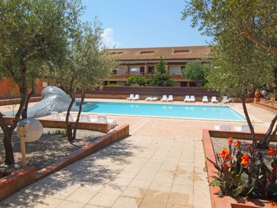 Photo for Apartment du Golf in Saint Cyprien - 5 persons, 1 bedrooms