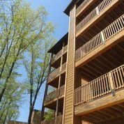 Photo for 2BR Villa in Branson, MO w/Resort Pool, Balcony, Fireplace, Full Kitchen & more!