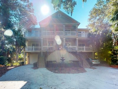 Photo for Beautiful, expansive house with private pool and wraparound deck!