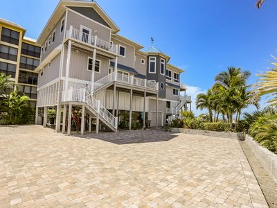 Photo for This exquisite Fort Myers Beach vacation home has 5 bedrooms and 3.5 bathrooms that sleeps up to 10 guests and is the perfect family-friendly home away from home on the barrier island.