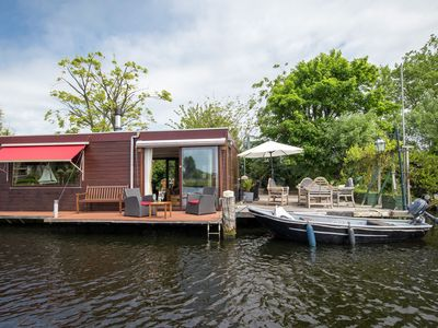 Photo for Houseboat with beautiful view, situated behind the Shouwbroekerplas