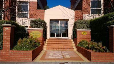 Photo for 1BR Apartment Vacation Rental in Box Hill South, Victoria