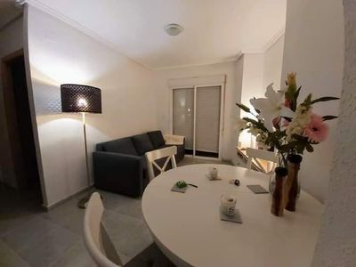 Photo for Fantastic 2 bed apartment close to the beach