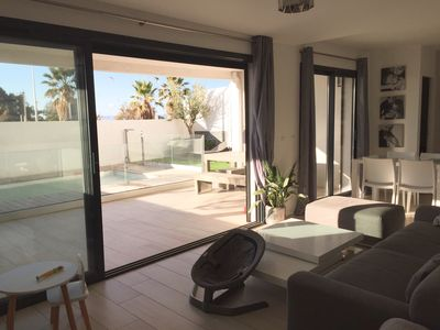 Photo for Contemporary T3 with private pool facing the beach