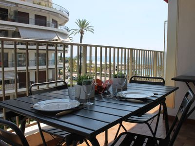 Photo for 2P seaside 5 persons terrace, private garage, seaside, air conditioning