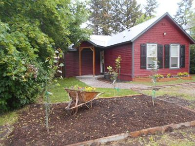 Little House Under the Big Sky, 2 bedrm 2 bth near Glacier Park & Whitefish  Mt  - Columbia Falls