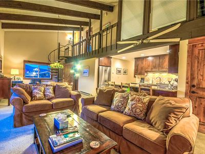 Discounted lift tickets! Upgraded Steamboat Condo With Outdoor Hot Tub!