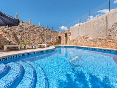 Photo for Air-Conditioned Holiday Home with Pool, Terrace, Balcony & Wi-Fi