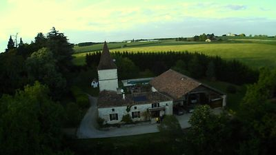 Photo for Old farmhouse of 250m ² renovated in peace with swimming pool and all comfort