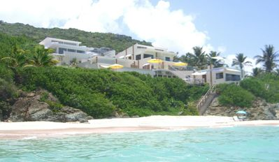 Amazing Beach Vacation Villa with semi-private Beach in St.Maarten / St. Martin