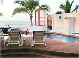Photo for Beachfront 2~BR~Suite-Pool