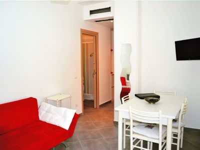 Photo for Modern city apartment, 70m to the beach in Agropoli