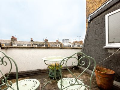 Photo for The Pimlico Lighthouse - 4BDR in between the River Thames & Sloane Square
