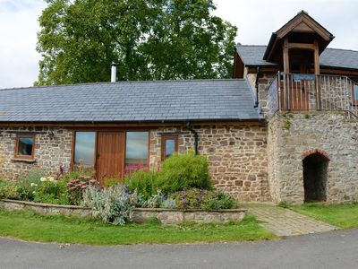 Photo for Cottage-Premium-Ensuite with Shower-Garden View-Stable