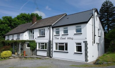 Photo for 4* Family accommodation in a small farm setting close to beaches and attractions