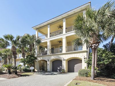 Photo for Absolute Delight - Elevator, Golf Cart and in Gated Community! FREE Golf, Fishing, Dolphin Cruise!!!