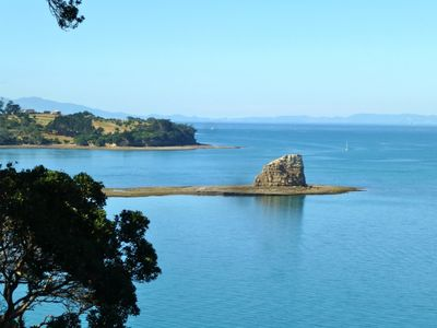 Photo for Amazing Cliff Top Ocean Front Apartment Views From Marina-Rangitoto-Auckland Cty