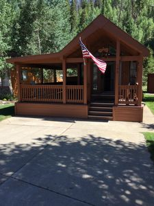 Easy access to chalet, you can see how large the side porch is.