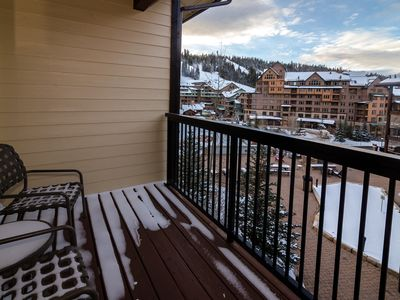 Photo for Walk to Slopes, Newer Unit, Biggest Hot Tub, Great Views !!