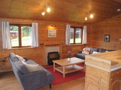 Photo for Cosy Lodge with Loch Lomond views