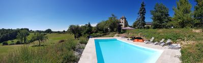 Photo for Beautiful Quercy property with pool and landscaped garden