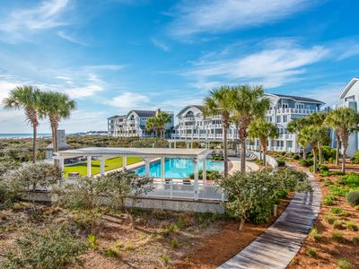 Executive Access Home! Upscale Condo w/GULF VIEWS! Community Pool!