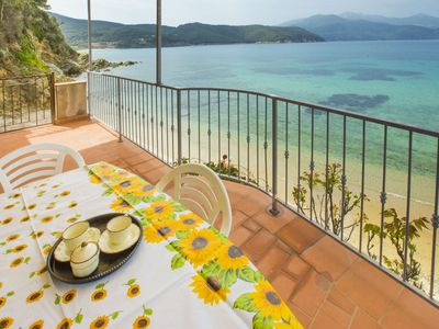Photo for Three-room apartment with 4 sleepings on the Forno beach