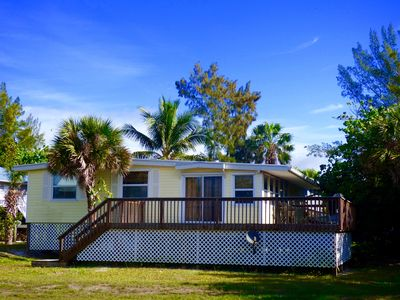 Photo for Gulf Breeze:  Just steps to the beach. Kayak/Paddleboard & Golf Cart Vouchers!!