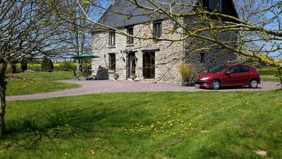Photo for RENOVATED 18C TRADITIONAL FARMHOUSE, PERIOD FURNITURE,  SPA BATH, 3 ENSUITES.
