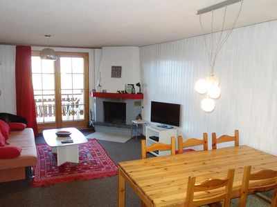 Photo for Standard 4-room (3 bedrooms) apartment with 2* for 6 - 8 persons. Two bedrooms with a single beds si