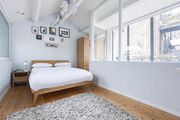 London Home 528, You will Love This Luxury 2 Bedroom Holiday Home in London, England - Studio Villa, Sleeps 4
