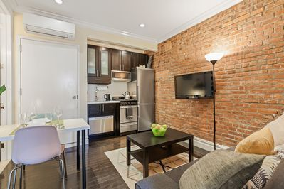 TWO Bedroom Furnished Lux Apartments Minimalist Modern Style 4 - Manhattan
