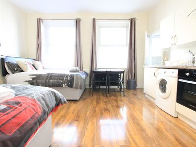 Photo for Cosy 3rd Floor Studio Flat Close To Oxford Street