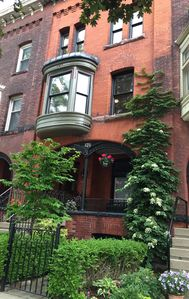 Photo for Cozy 2 BR Downtown Buffalo Rowhouse in Historic Allentown.