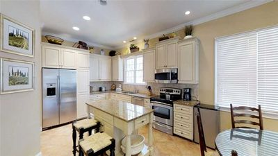 4 Bedroom home with luxury finishes and upscale furnishings!