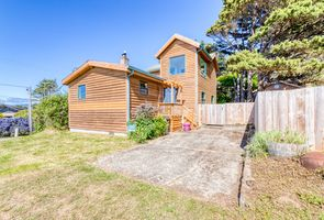 Photo for 2BR House Vacation Rental in Cape Meares, Oregon