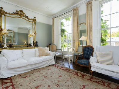 Grand 5 bed Greenwich Townhouse, sleeps 9, by Veeve