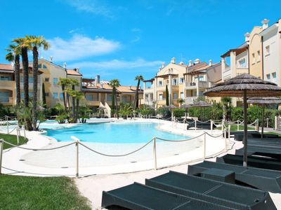 Photo for One bedroom Apartment, sleeps 4 in Lido di Jesolo with Air Con
