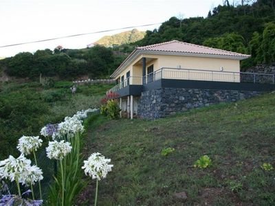 Photo for Bungalow for 2-6 pers., Quietly located with sea, mountain and boaventura views
