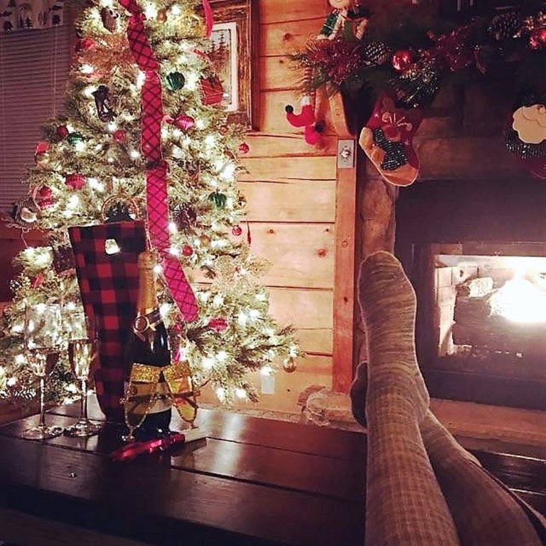 cabin between gatlinburg and pigeon forge vrbo - When Does Gatlinburg Decorate For Christmas