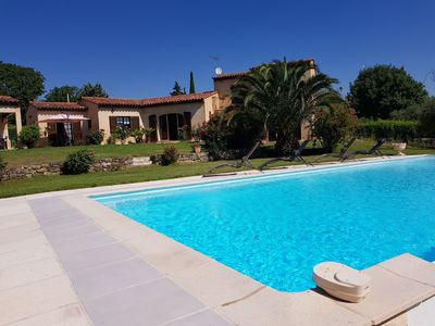 Photo for Detached Villa with Large Pool and Summer Kitchen